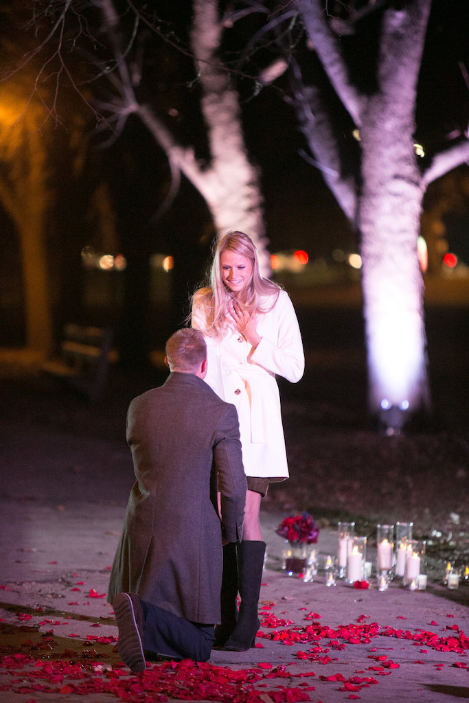 intimate-outdoor-proposal-ideas-3