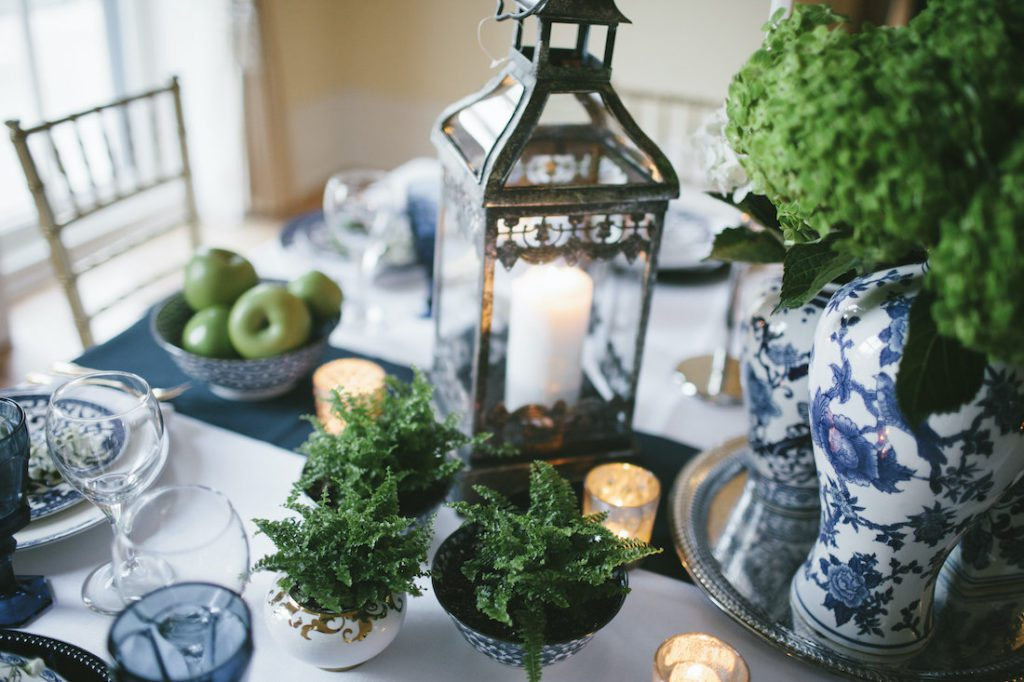 Classic Navy and Gold Wedding Style Shoot